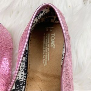 Toms Shoes - Toms Pink Glitter Classic Canvas Slip On Flats 6Y